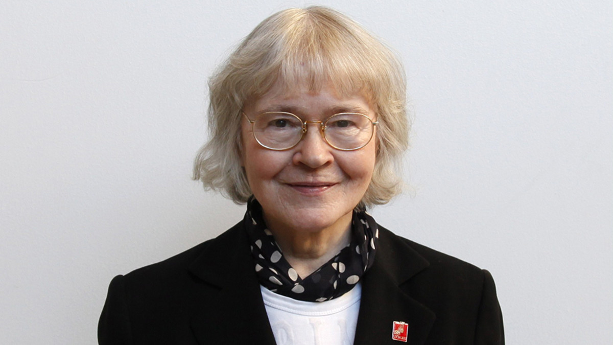 2013: Dr. Liisa Kauppinen receives United Nations Human Rights Award Prize