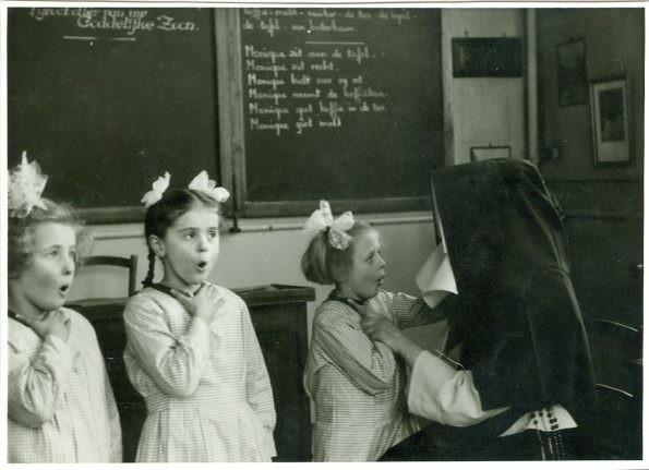 1820: First school for the deaf in Belgium - Flanders
